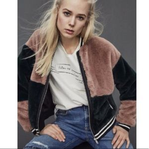 ➡️ final SALE!⬅️ asos faux fur bomber jacket